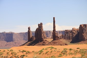 Three Sisters, Monument Valley - Utah / Arizona